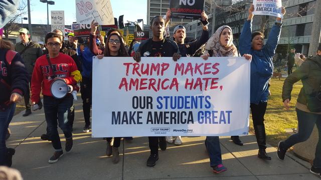 anti-trump-students-march-to-uic-pavillion_1457737876553_982833_ver1-0_640_360